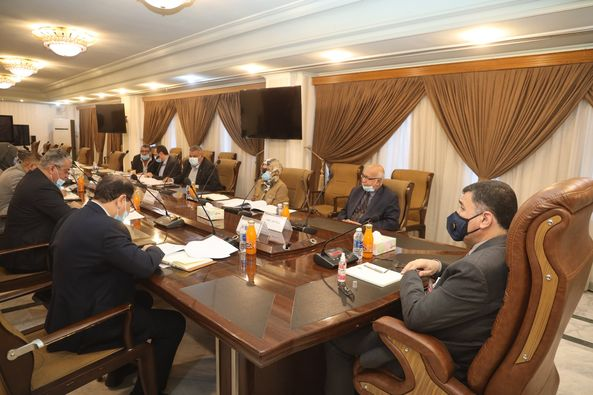 The Minister of Water Resources Chairs the Specialized Meeting for Discussing the Planning Budgets of the Ministry's Companies
